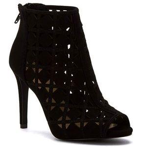 Michael Michael Kors Ivy Bootie Women US 7.5 Black